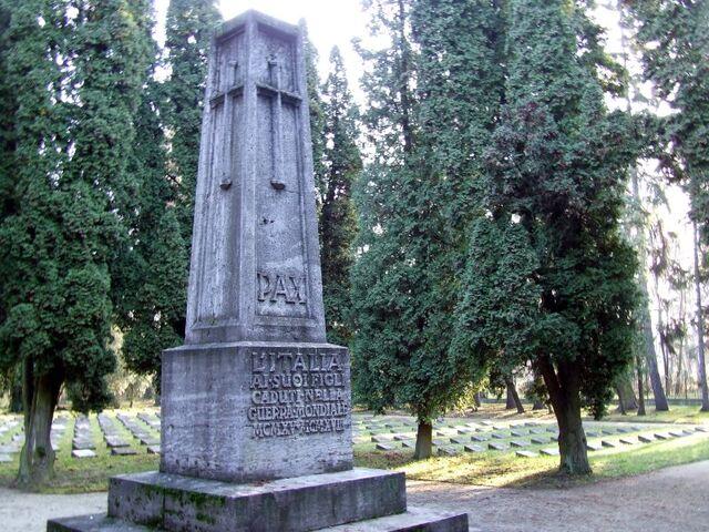 Plik:Cmentarz Żołnierzy Włoskich.jpg