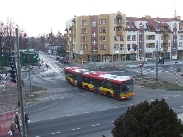 Plik:Autobus 119 Beyzyma.jpg