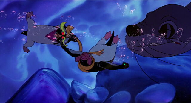 File:Pebble-penguin-disneyscreencaps com-5588.jpg