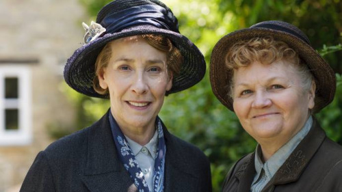 File:Mrs patmore and mrs hughes series 6.jpg