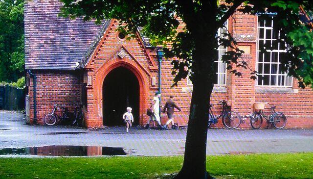 File:Downton School behind tree.jpg