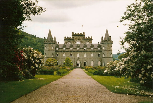 File:Inveraray-Castle.jpg