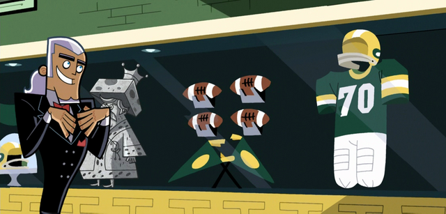 File:S01e07 Vlad's Packers collection.png