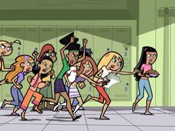 S02e14 girls running after Dash 1