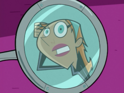 S01e14 Jazz inspects self in mirror