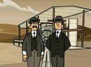 S03e02 Danny photo-bombs Wright brothers
