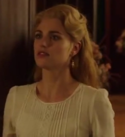 Lucy Westenra 2