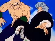 Dragon-Ball-093-Tien-Shinhan-vs.-Jackie-Chun