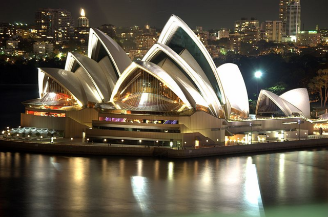 File:800px-Sydney Opera House Night.png