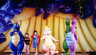 File:Dragon Tales Live.png