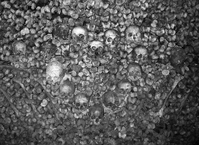 File:Catacombs2.jpg