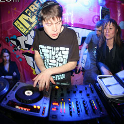 Far Too Loud-Mix For Breakbeat.ca May 2010