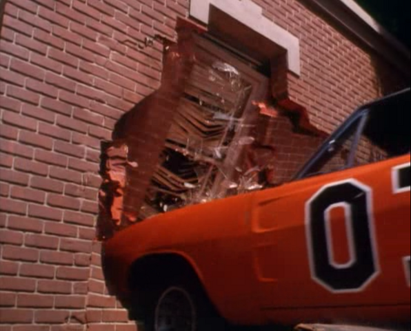 File:General Lee going through the hazzard courtroom.png