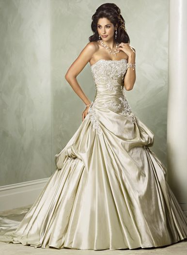 A line-Wedding-Gowns