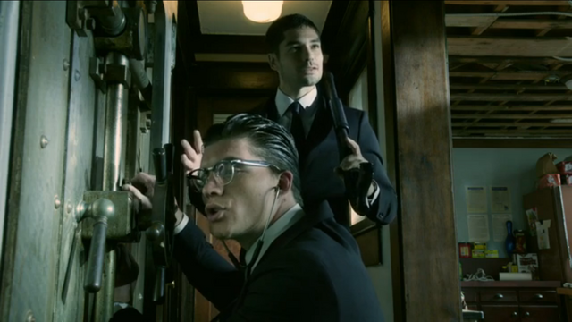 File:Seth and Richie 1x02.png