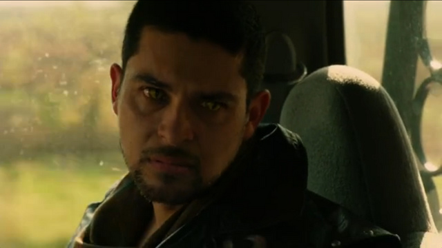 File:Carlos 5 1x02.png
