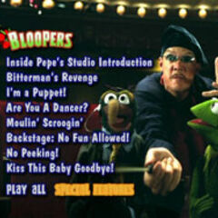 It's a Very Merry Muppet Christmas Movie - Bloopers