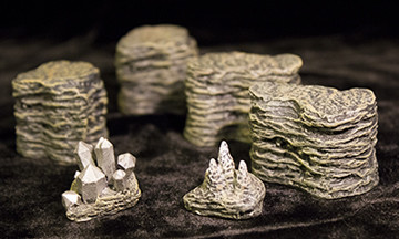 File:020-CPX Set of Rocks, Stalagmites and Mithril.jpg