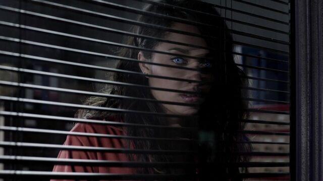 File:Normal Misfits S04E03 720p BluRay 2074.jpg