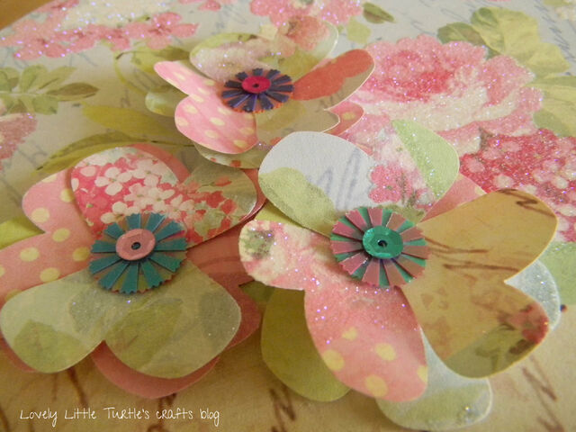 File:Lovely and Easy Paper Flowers w.jpg
