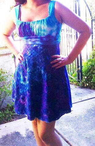 File:Dress9.jpeg