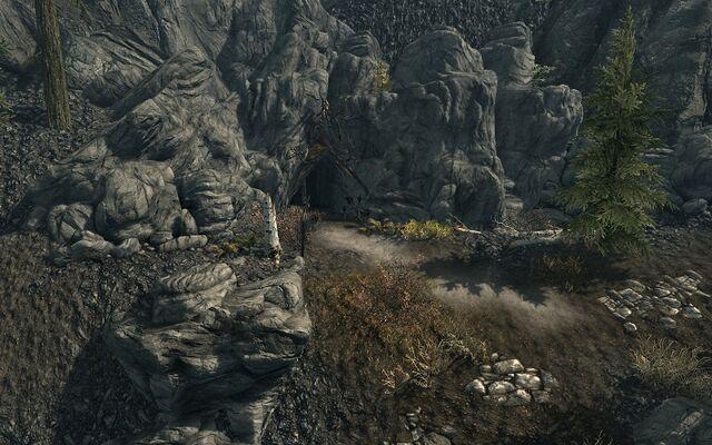 File:Snapleg Cave.jpg