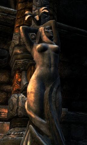 File:Dibella (statue).jpg