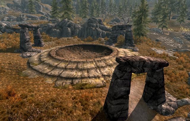 File:Dragon Mound Awake Great Henge.png