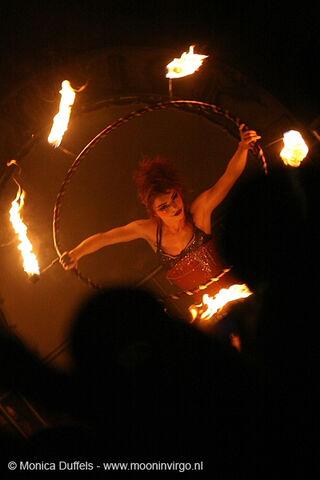 File:Tivoli 23032011 Emilie Autumn 105 door Monica Duffels.jpg
