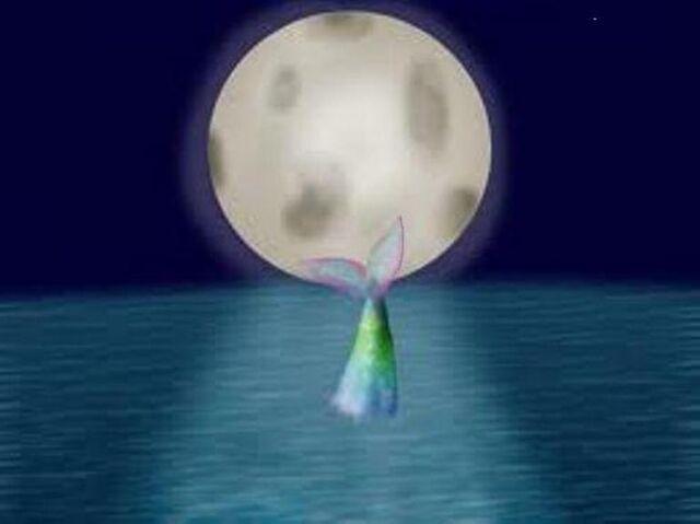 File:Emily Windsnap moonlight.jpg
