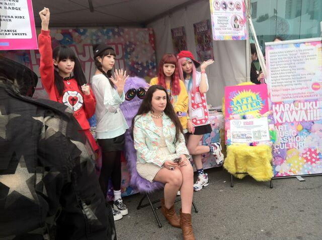 File:Jpopsummit harajukukawaii.JPG