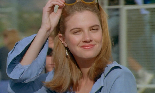File:Robyn Sweeney.png