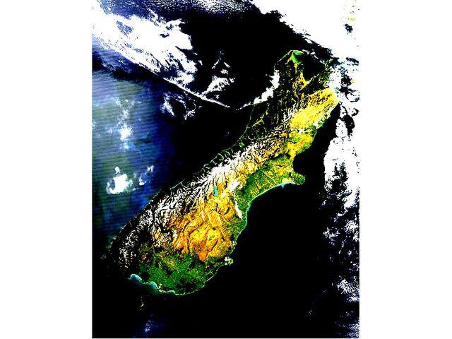 File:South Island 2007-12-07.jpg