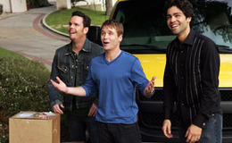 File:Entourage-season2-episode1-the-boys-are-back-in-town-E0DC1106-C56D-48A9-83A2-89EBAE25ABCB.jpg