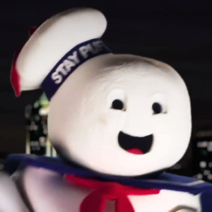 Stay Puft Marshmallow Man In Battle