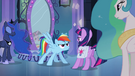 Rainbow Dash jumps in front of Twilight EG