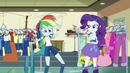 Rainbow suddenly wearing a Wondercolts uniform EG3