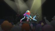 Rainbow Dash breaks her guitar EG2