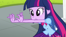 Twilight wiggling her fingers EG