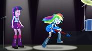 Rainbow Dash shreddin' EG2
