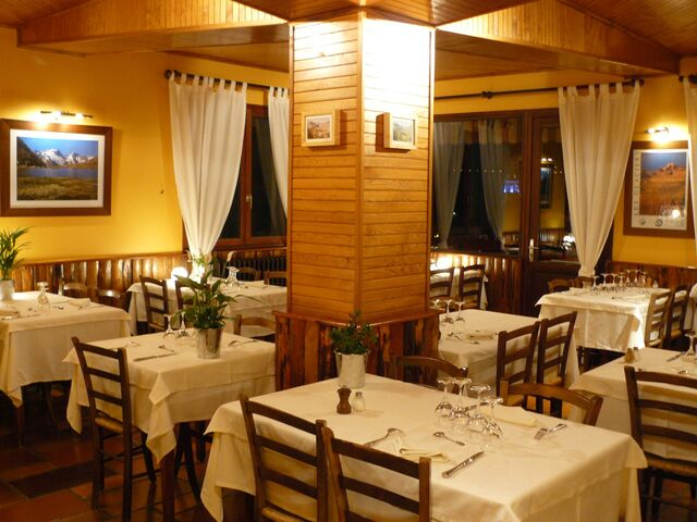 File:WP Restaurant.jpg