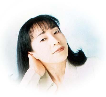 Archivo:Emiko Shiratori.jpg