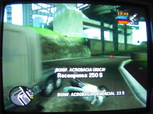 Archivo:GTA LCS Salto Completado.PNG
