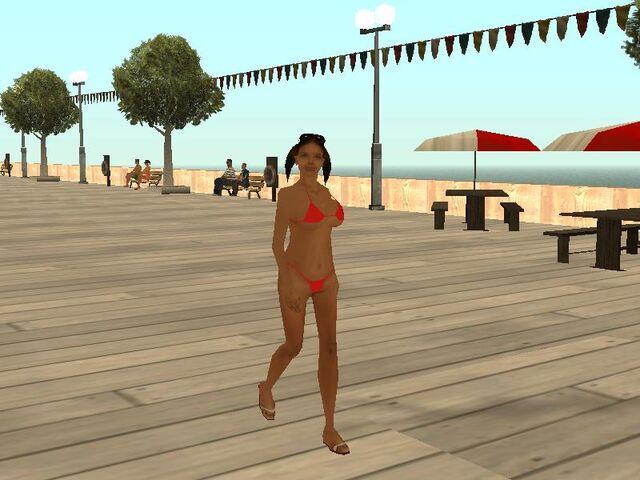 Archivo:Mujer en la playa.jpg