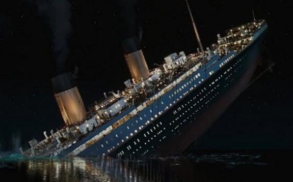 Archivo:Titanicbarcohundido.jpg