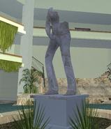 Estatua Matrubandose