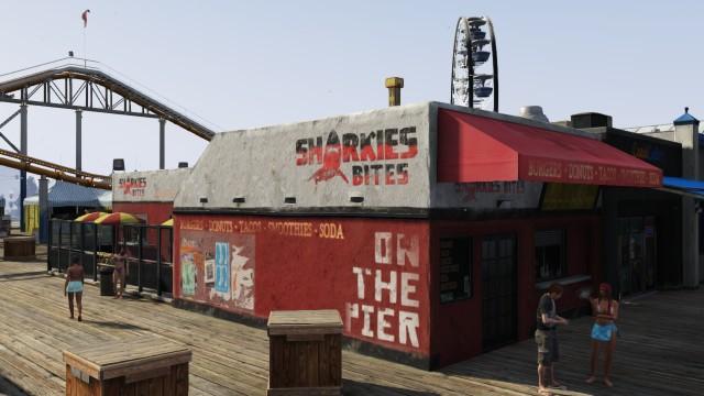 Archivo:Sharkies Bites Del Perro Pier.png