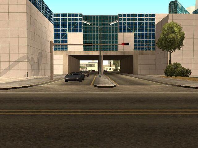 Archivo:Conference Centre LS4.jpg