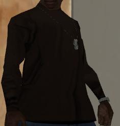 Archivo:Camisa marron en probador.png