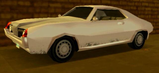 Archivo:HellenbachGT-GTALCS-Blanco.jpg